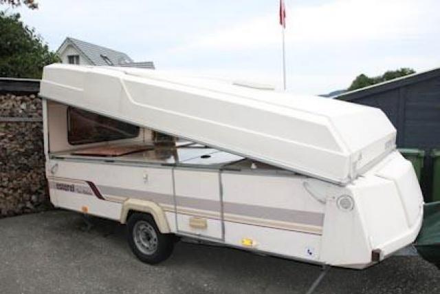 Caravane pliante 4 places